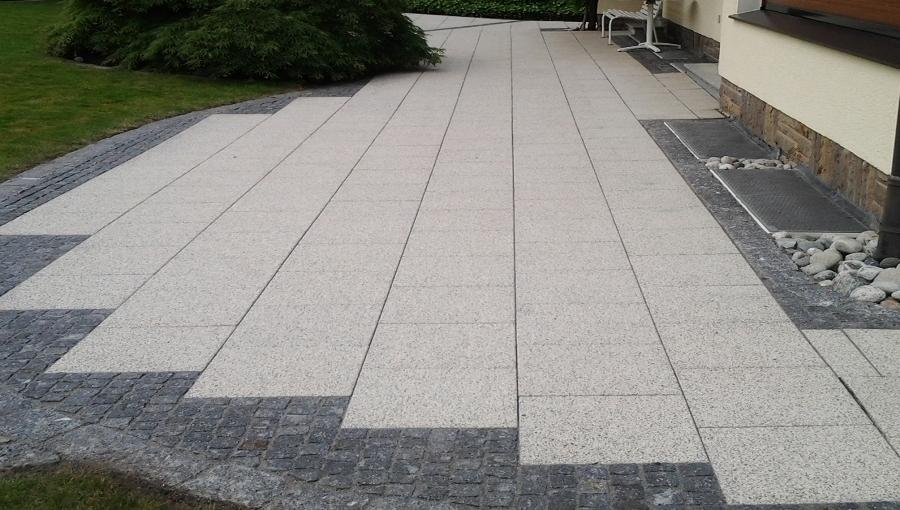 Terrassenplatten nach der Reinigung